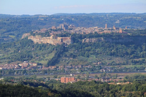 Orvieto view of hilltop town 2, larger
