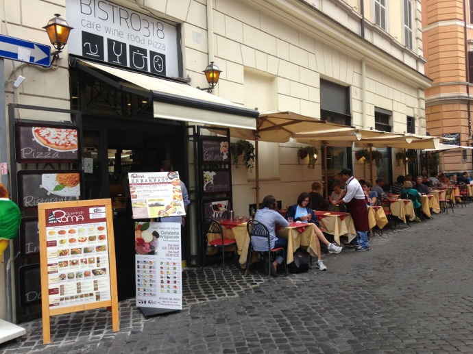 Rome Bistro 318 Cafe tables