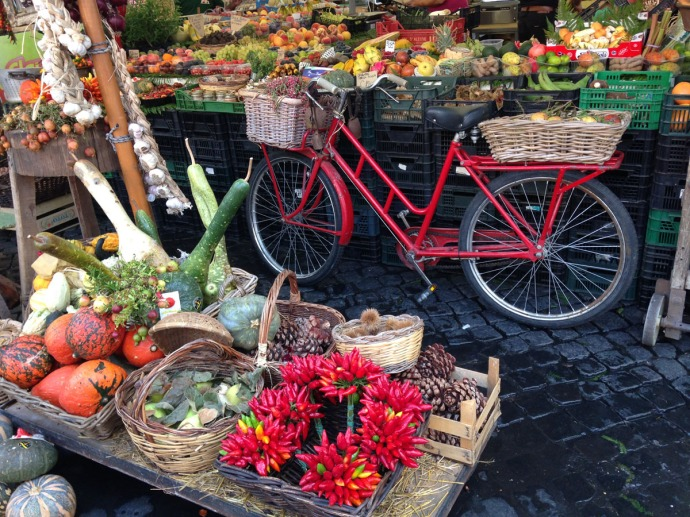 Rome Campo Dei Fiori bike & fall display