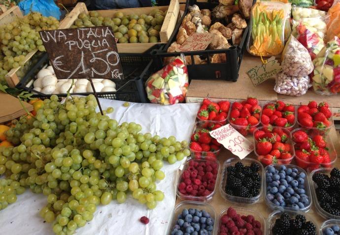 Rome Campo dei Fiori fruits