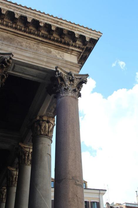 Rome Pantheon columns & porch roof