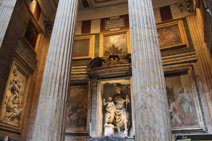 Rome Pantheon columns, statues, paintings