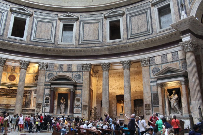Rome Pantheon hori interior view