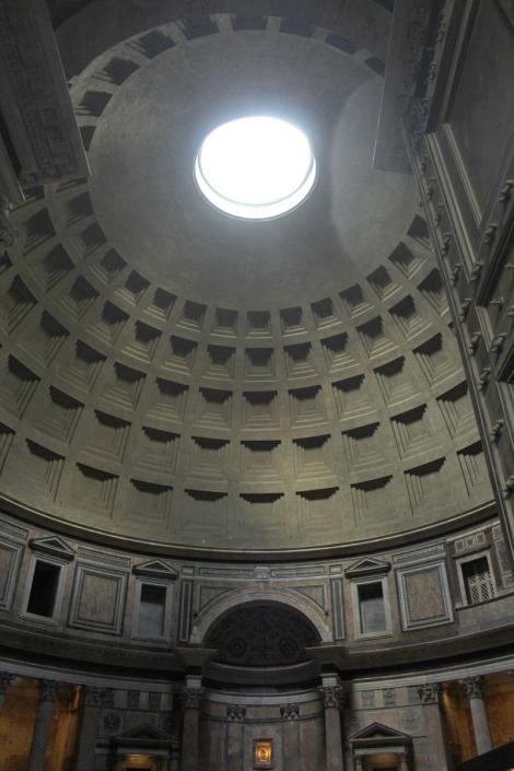Rome Pantheon interior vert