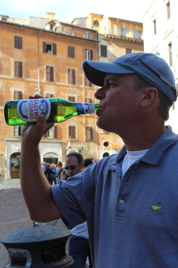 Rome Pantheon Wally beer drinking