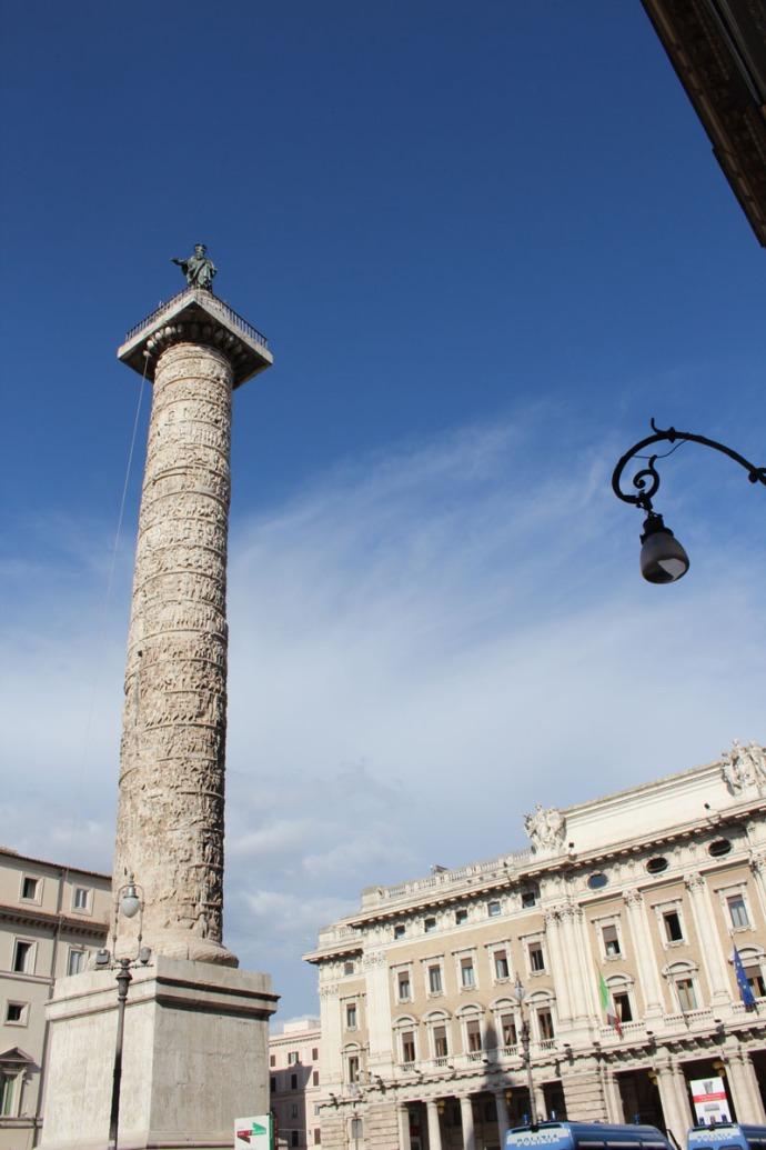 Rome Piazza Colonna obelisk