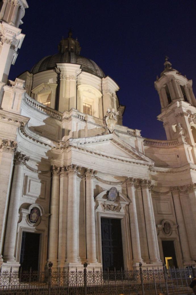 Rome Piazza Navona bldg