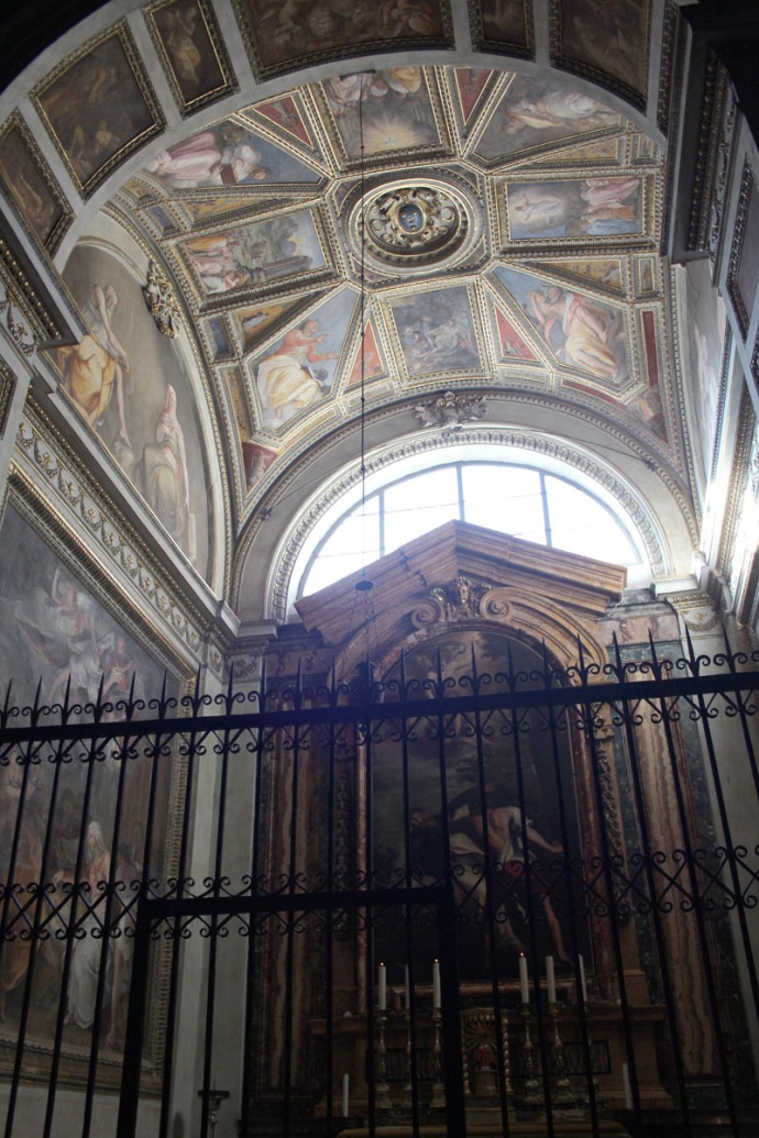 Rome Santa Maria gate to ceiling