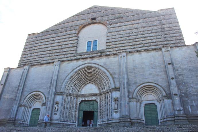 Todi Tempio di San Fortunato church front