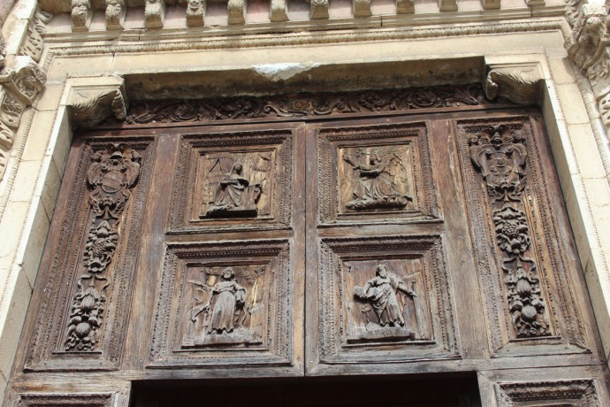 Todi The Cathedral door wood carving