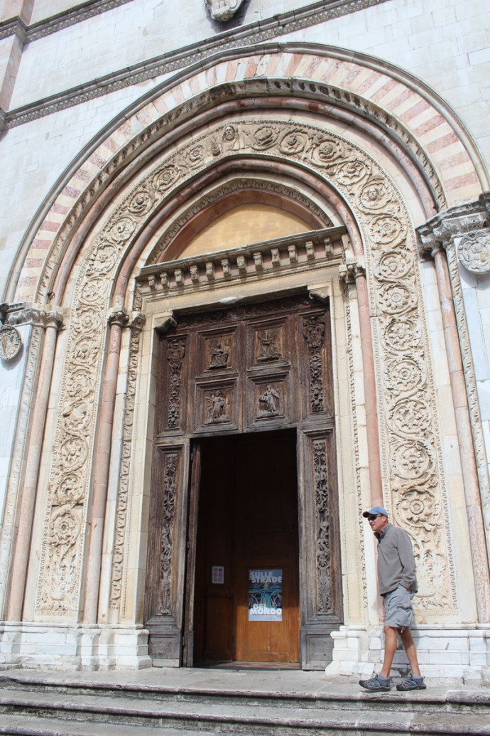 Todi The Cathedral Wally at door