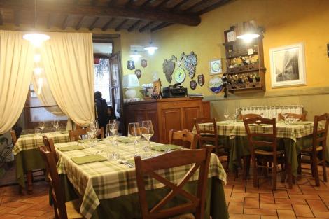 Arezzo Anticafonte dining room