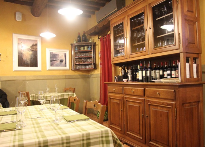 Arezzo Anticafonte tables & sideboard
