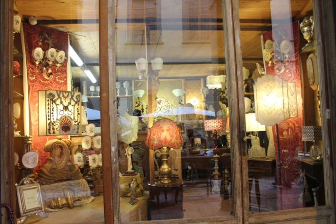 Arezzo antique shop on piazza windows