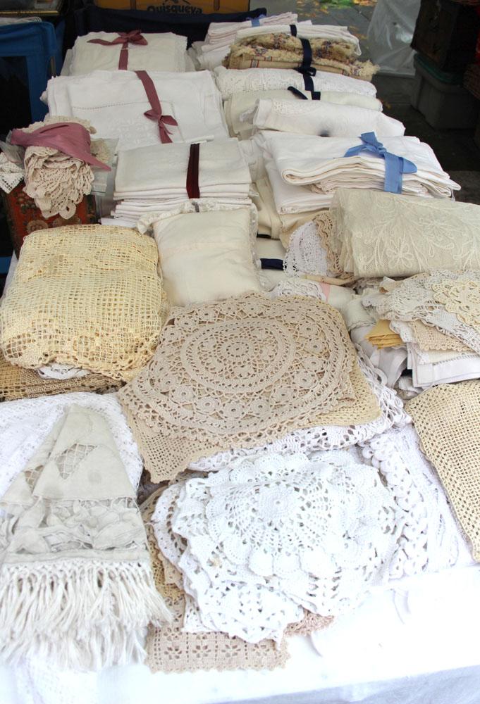 Arezzo doilies & lace