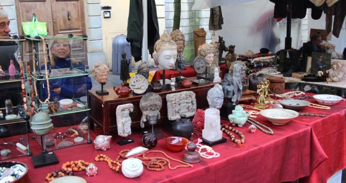 Arezzo head figures