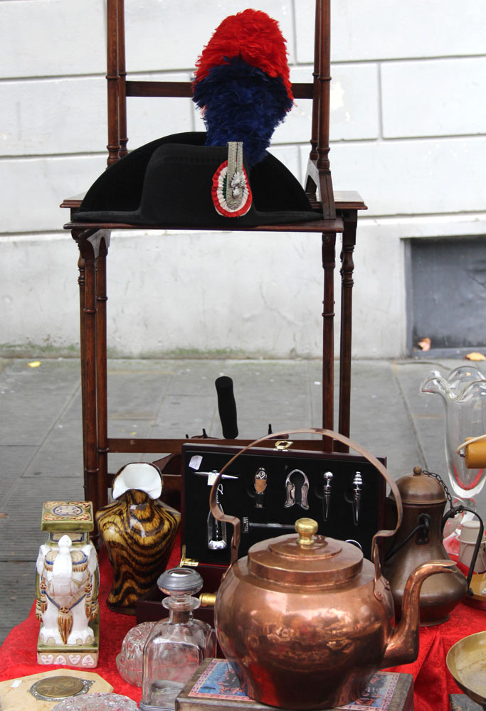 Arezzo Napolean type hat