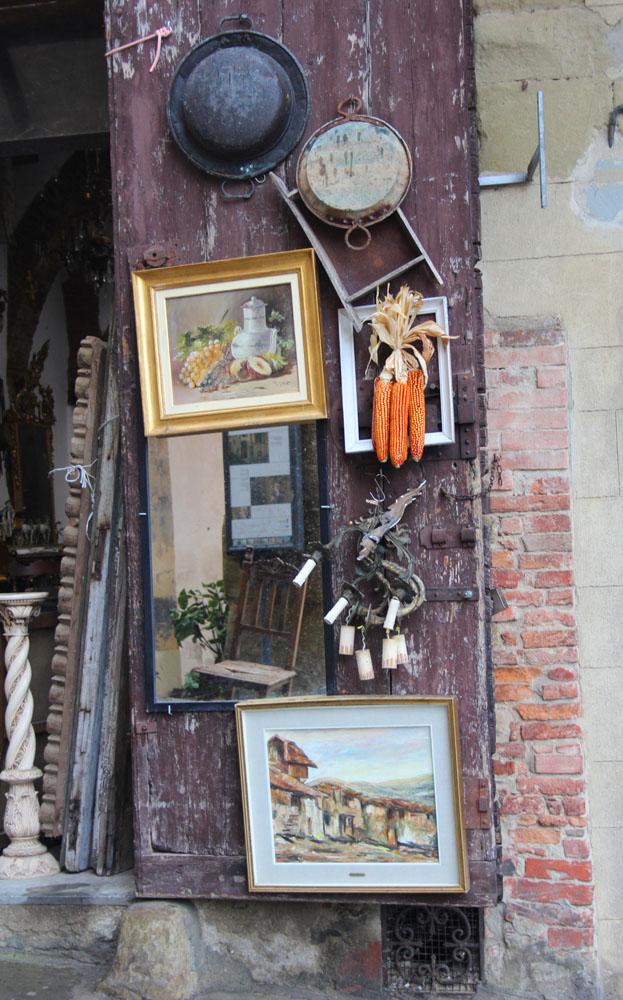 Arezzo paintings & corn
