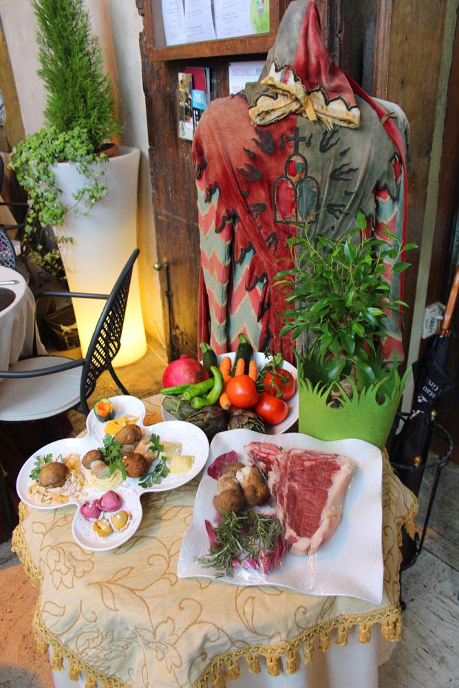 Arezzo piazza restaurant food display