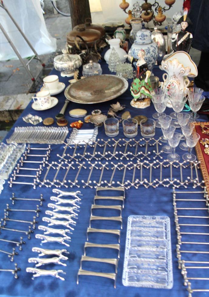Arezzo silver rests