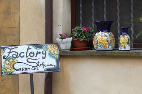 Castiglione del Lago Ceramics, Stefanie