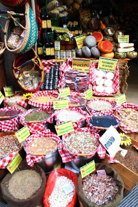 Castiglione del Lago dried goods