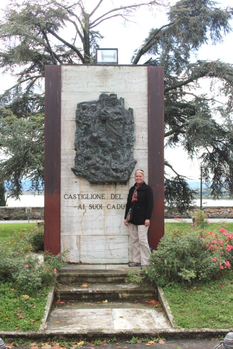 Castiglione del Lago Jamie and monument