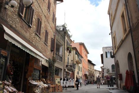 Castiglione del Lago main street view