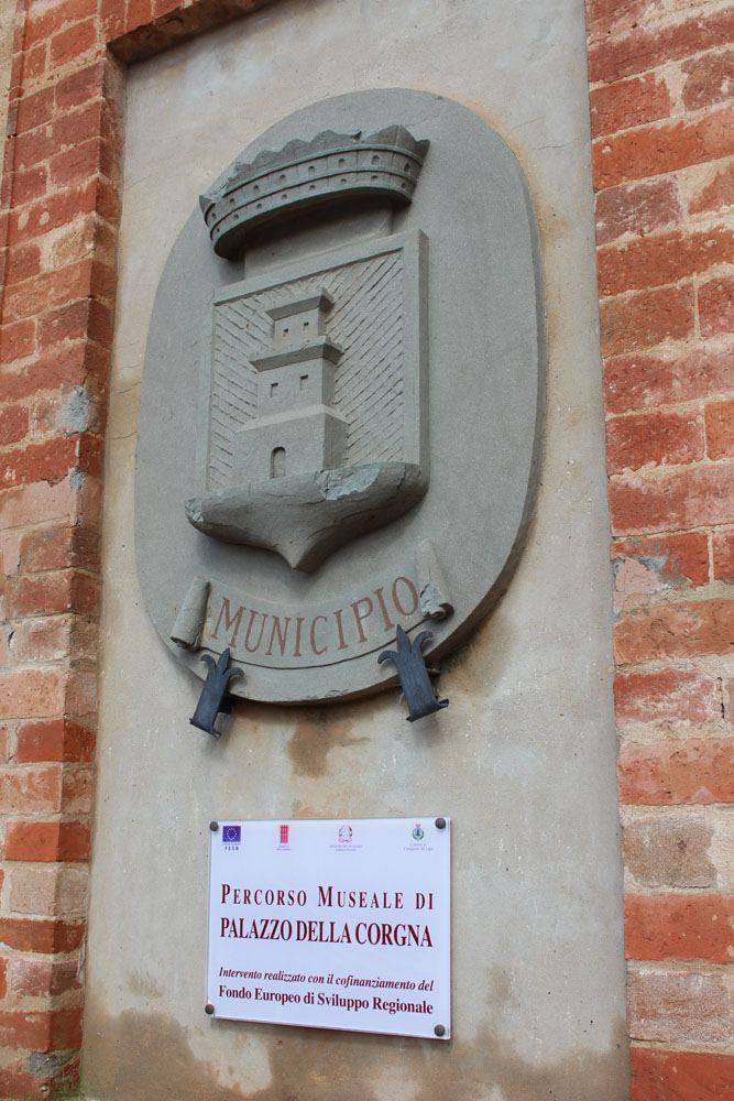 Castiglione del Lago Municipo sign
