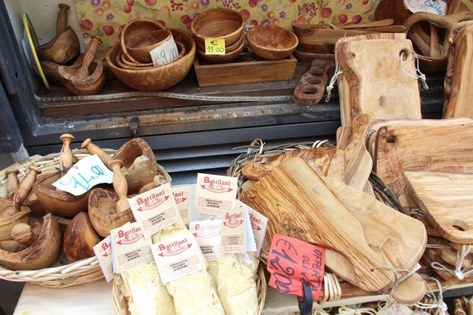Castiglione del Lago olive boards & bowls