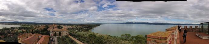 Castiglione del Lago pano, lakes to wall