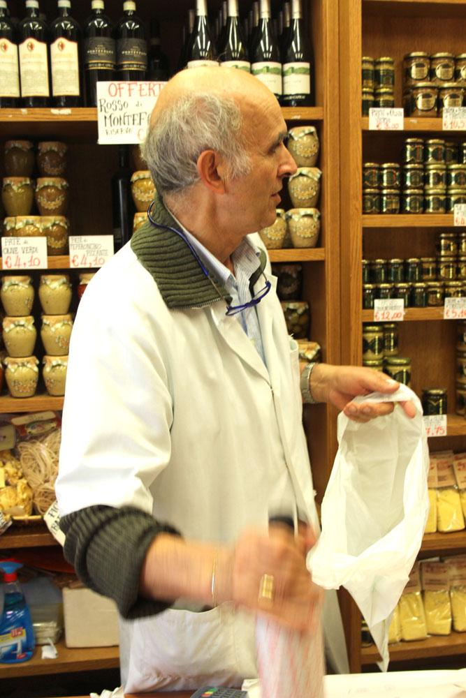 Castiglione del Lago shopkeeper