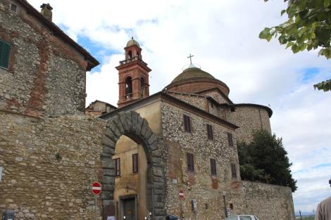 Castiglione del Lago town gate
