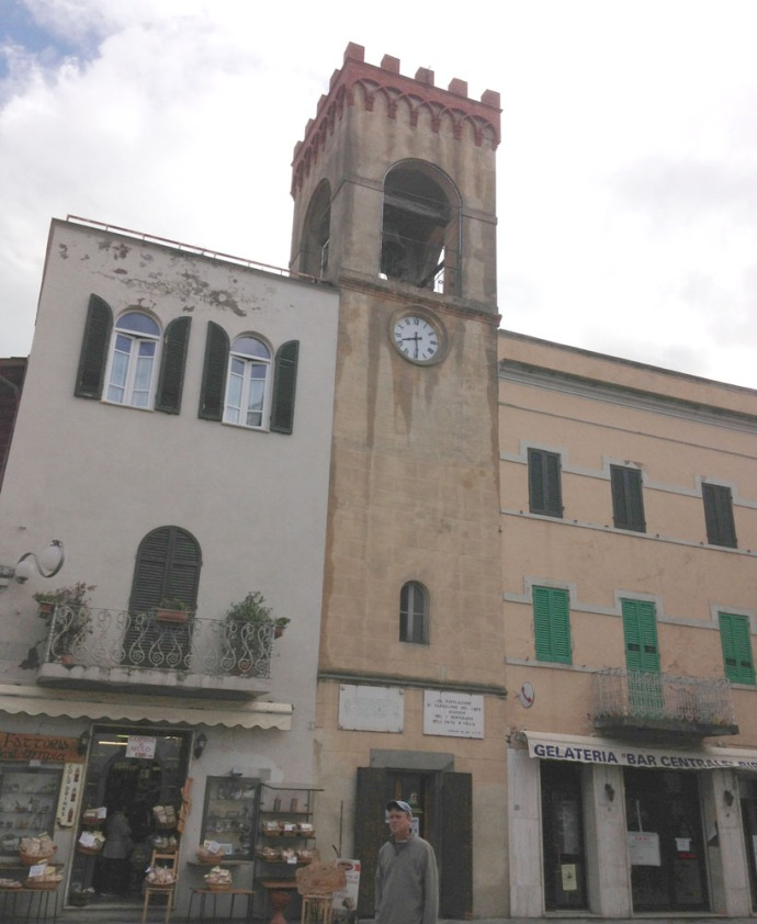 Castiglione piazza bell tower