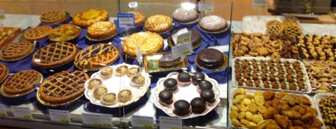 Cortona Coop pastry display
