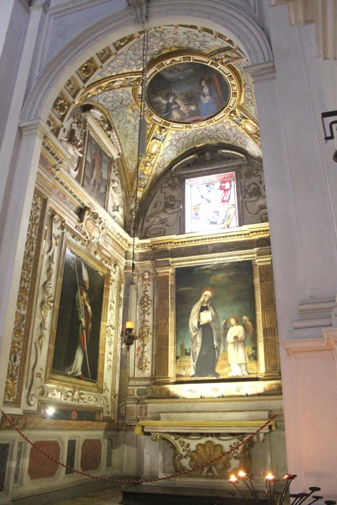 Monte Oliveto gold filigreed chapel