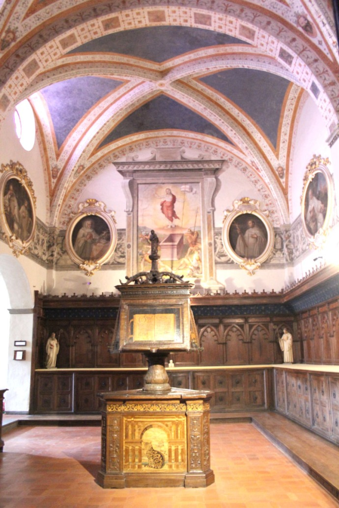 Monte Oliveto oval paintings chapel