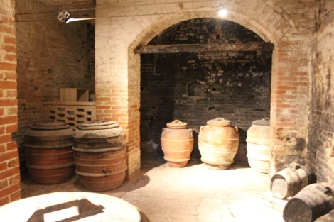 Monte Oliveto stoneware storage urns