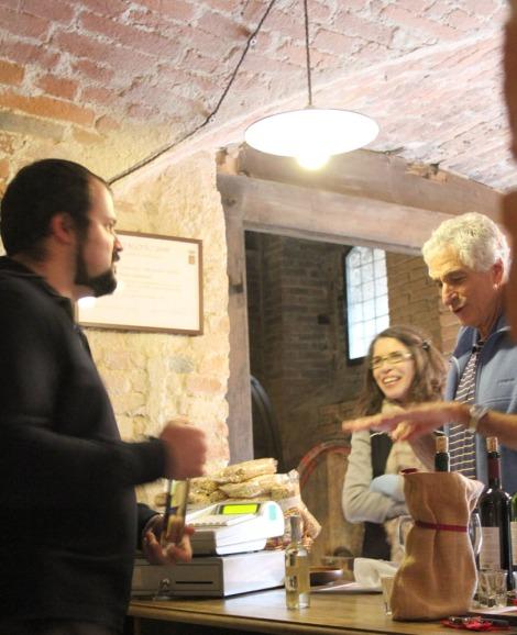 Monte Oliveto tasting conversation
