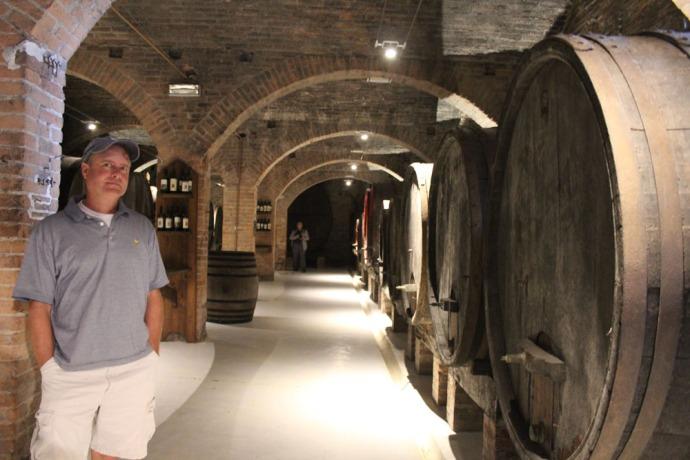 Monte Oliveto Wally, wine cellar