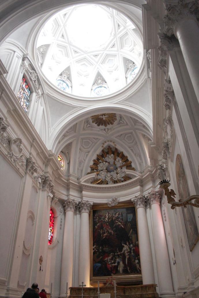 Monte Oliveto white columned domed chapel