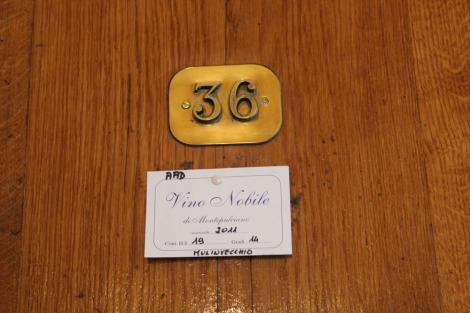 Montepulciano Contucci Vino Noble tag