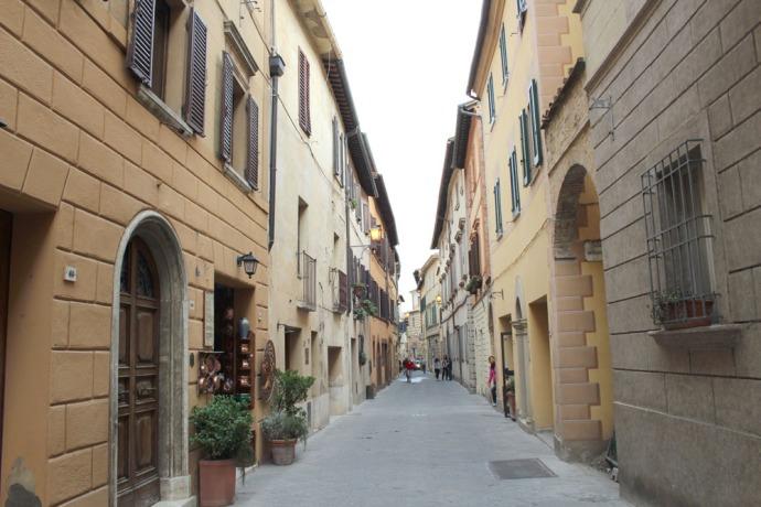 Montepulciano street & buildings