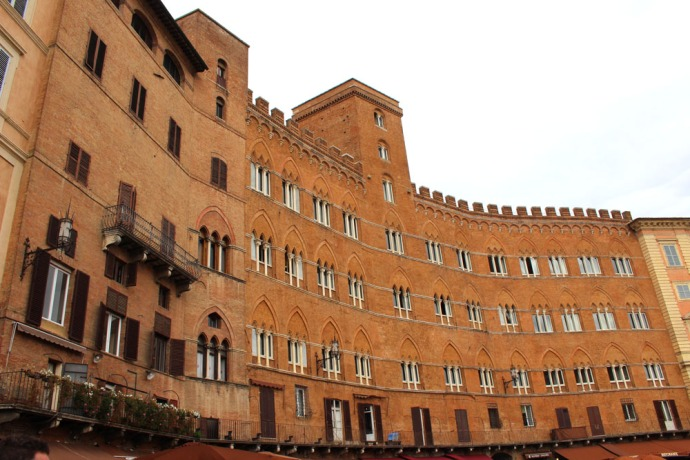 Siena Piazza del Campo  curved buildings