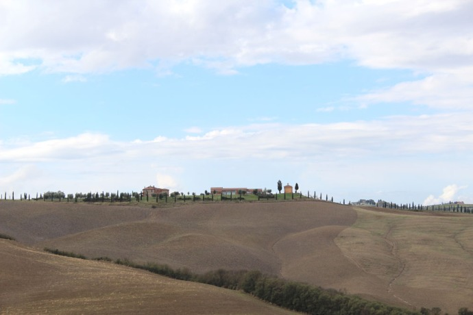 Tuscan countryside, estate on ridge