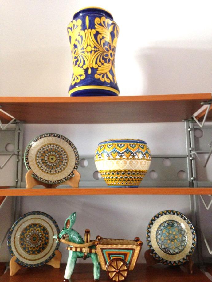 Massa Artinostre ceramics donkey, bowl, urn