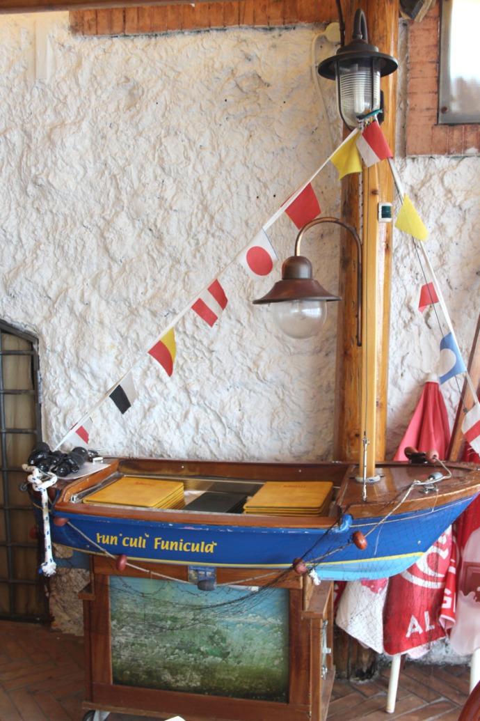 Massa Funicula mini boat