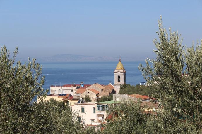 Massa marina church, bldgs, Bay of Naples