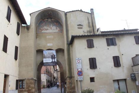 Pienza entrance gate