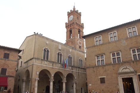 Pienza piazza & bell tower